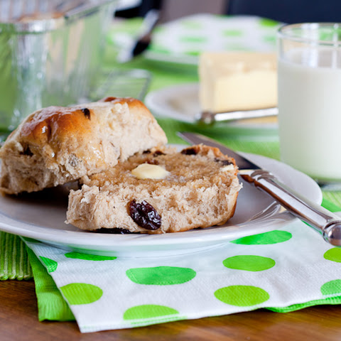 Gluten Free Hot Cross Buns with Lemon Cashew Cream Recipe | Yummly