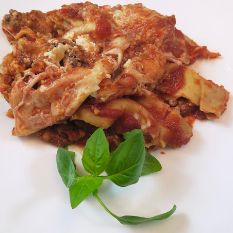 The Best Slow Cooker Lasagna Recipe EVER!