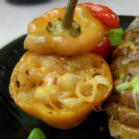 Stuffed Bell Peppers with Mac & Cheese