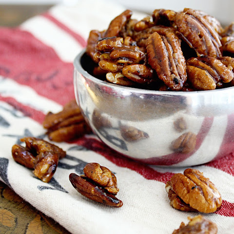 Sweet And Spicy Praline Pecans