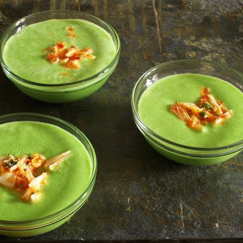 Chilled Pea Soup with Spicy Crab