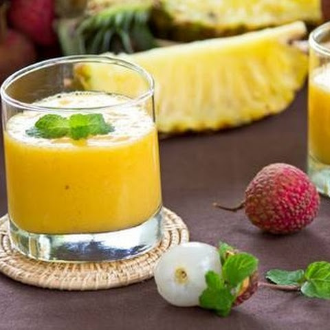 Healthy Pineapple Lychee Smoothie with Hemp Seeds
