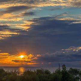 Sunrise on the Neuse by Cindy Hartman - Landscapes Sunsets & Sunrises ( clouds, oriental, neuse, onc, sunrise, north carolina, river,  )