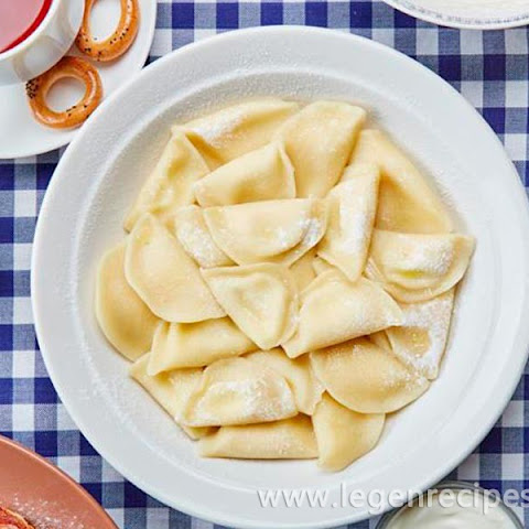 Dumplings With Cottage Cheese And Raisins