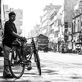 A Street Portrait.. by Jatin Malhotra - City,  Street & Park  Street Scenes ( street, bw, expressions )