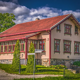 Askim, Norway 175 - Traditional House by IP Maesstro - Buildings & Architecture Homes ( ip maesstro, hdr, architecture, house, askim, city, norway )