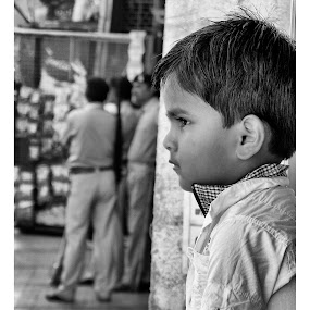 child's portrait. by Vatsal Patel - Babies & Children Children Candids ( child, black & white, portrait )
