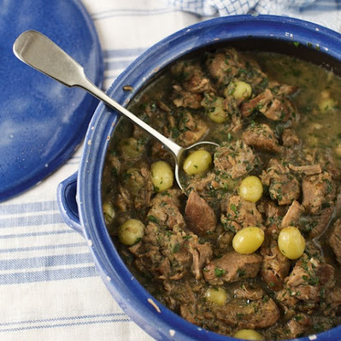 Slow-Cooked Pork Casserole with Grapes