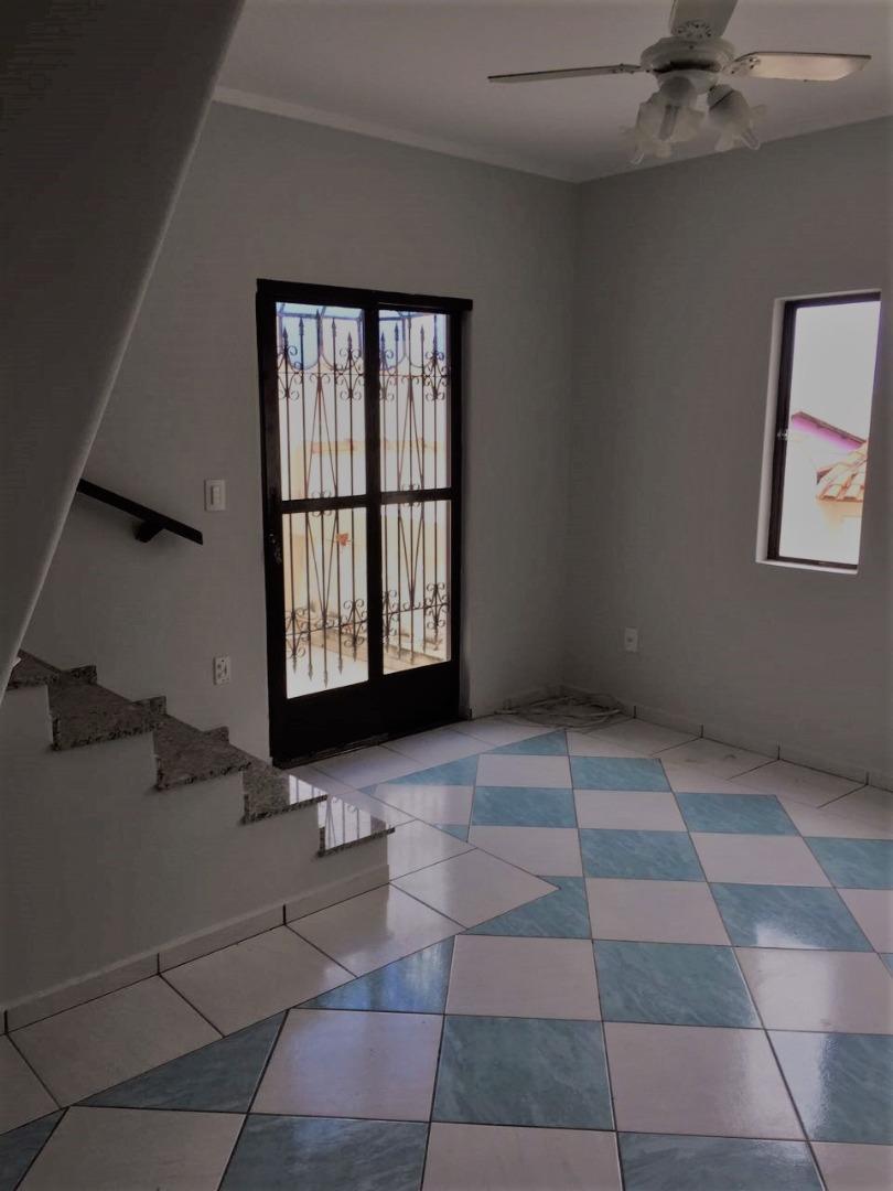 Casa / Sobrado à Venda - Jardim Piratininga