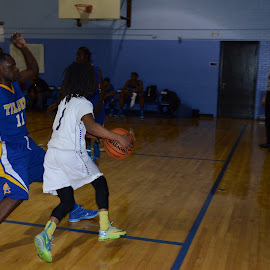CPS Basketball Phillips High Vs Tilden by Marcus Robinson Photos - Sports & Fitness Basketball
