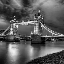 by Abdul Rehman - Black & White Buildings & Architecture