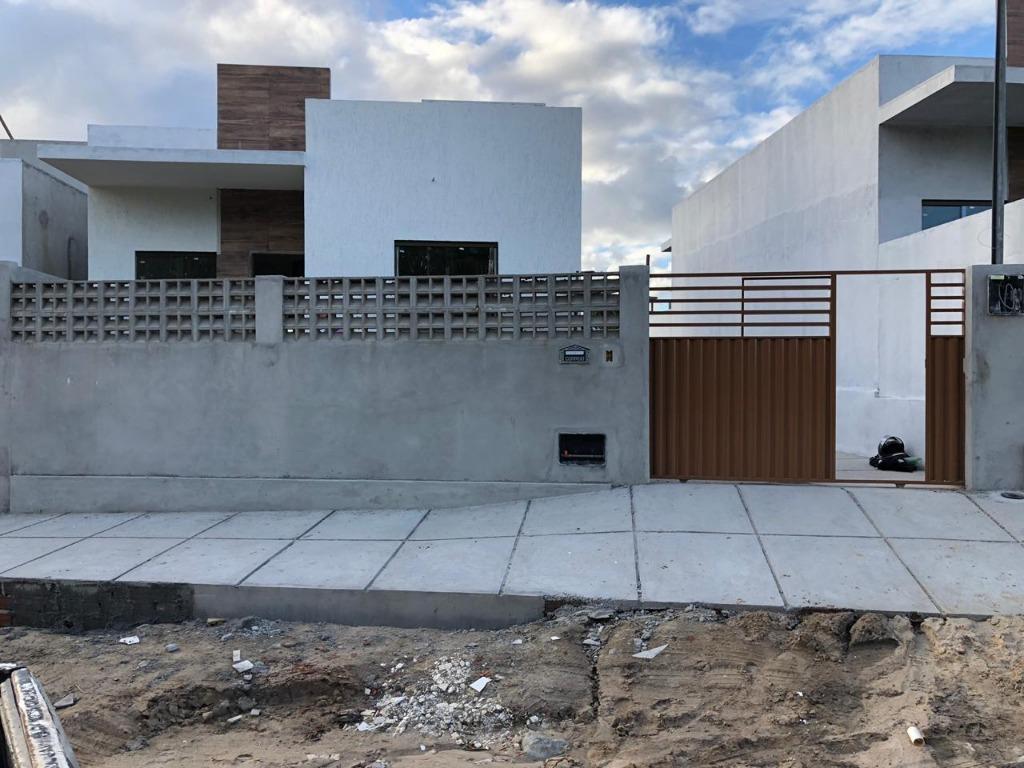 Casa à venda por R$ 147.000 - Carapibus - Conde/PB