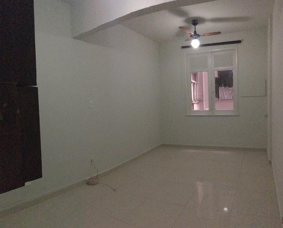 Apartamento para alugar, 22 m² por R$ 750,00/mês - Botafogo - Rio de Janeiro/RJ