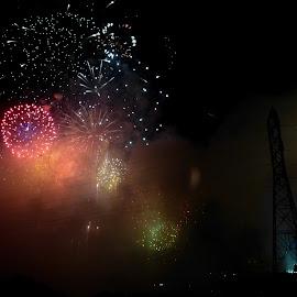 by Carissa Carver - Public Holidays July 4th ( tennesse, nashville, fireworks )