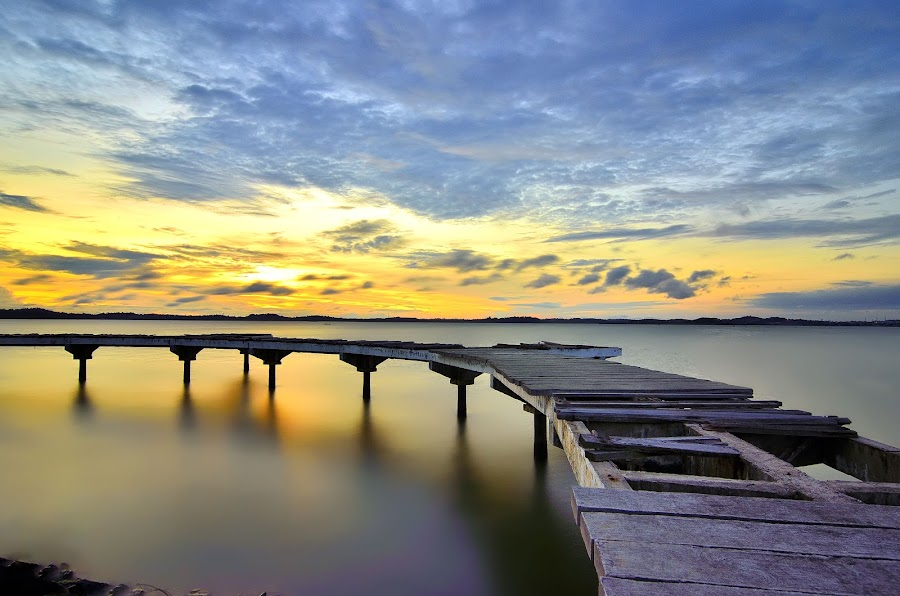 The curve bridges by Irwansyah St - Buildings & Architecture Bridges & Suspended Structures ( water, sunset, indonesia, sunrise, bridges, pwcbridges, sun, ocarina, batam )