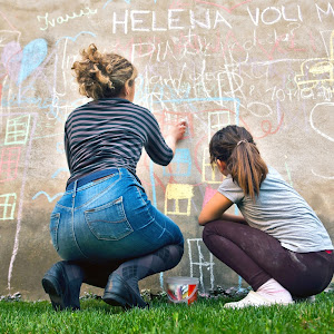 Girls with chalks FINAL-8.jpg
