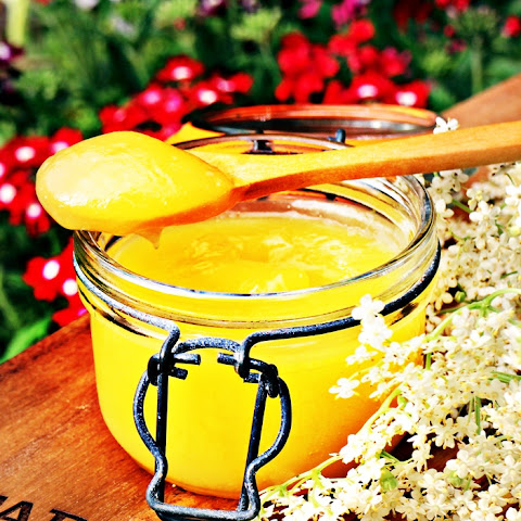 Easy Lemon & Elderflower Curd