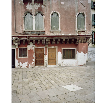 Giovanni Cocco, At what time does Venice close 3