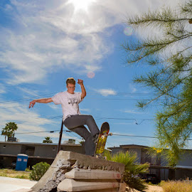 Front Blunt Stall by Derek Ellis - Novices Only Sports ( skateboarding, skate, urban, flash, arizona, diy )