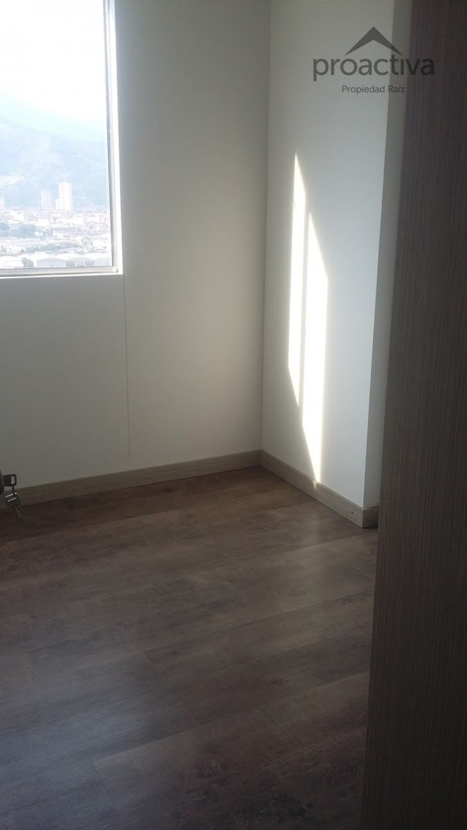 apartamento en arriendo el carmelo 497-5755