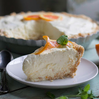 Frozen Orange Creamsicle Pie