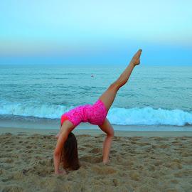 by Lilya Karatnyk - Sports & Fitness Fitness