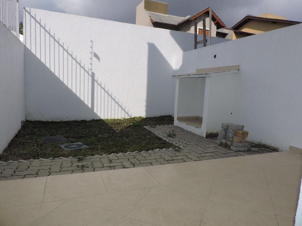 Casa de 2 dormitórios em Guarujá, Porto Alegre - RS