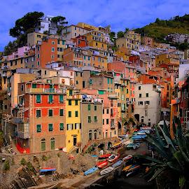 Cinque Terre - Riomaggiore  by Gérard CHATENET - Digital Art Places