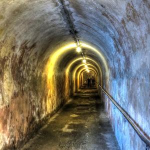 Passageway_3325_tonemapped.jpg