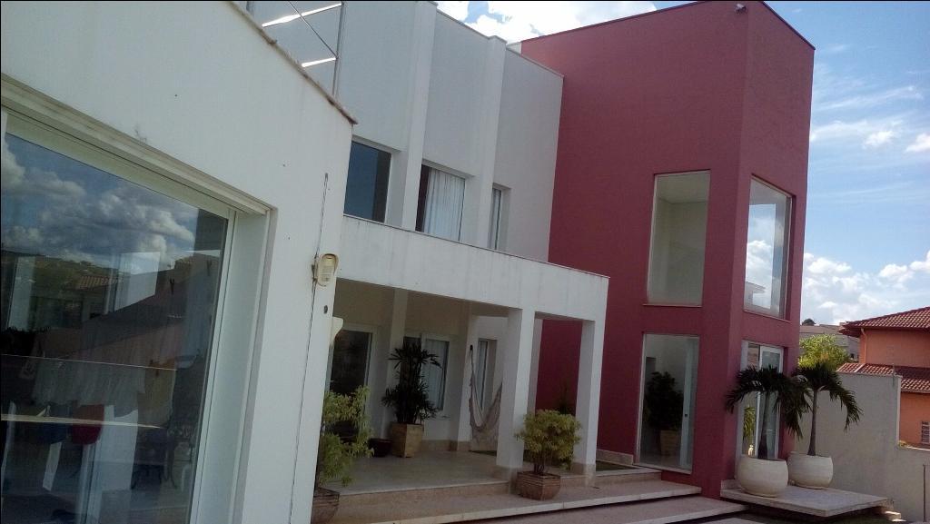Belíssima casa em Louveira-SP condomínio fechado