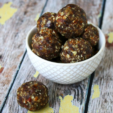 Pecan Pie Truffles (Raw, Vegan, Gluten-Free, Dairy-Free, Paleo-Friendly, No Refined Sugar)