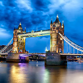 Tower Bridge by Abdul Rehman - Buildings & Architecture Bridges & Suspended Structures ( uk, night photography, london, long exposure, nightscape )