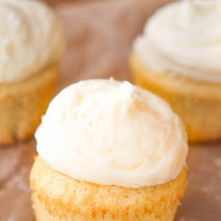 Sprinkles Vanilla Cupcakes with Vanilla Buttercream Frosting Copycat