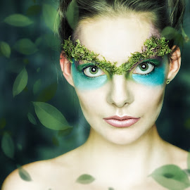 Queen of Flowers and Leafs by Andreas Voigt - People Musicians & Entertainers ( studio, model, laura j., indoor, moss, falling, leaf, beauty, make-up, pretty, people, lights, menschen, woman, hair, black, photoshop, personen, green, beautiful, portrait, sony, andreasvphotography, blue, lightroom, ilce-7m2, porträts, shooting )