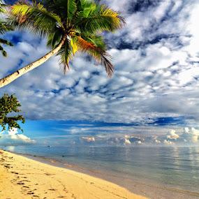 Morning at Jara-Jara Beach by Mahdy Muchammad - Landscapes Beaches