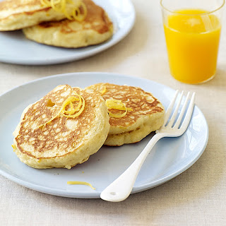 Fluffy Lemon-Ricotta Pancakes