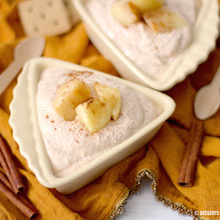 Healthy Apple Pie Cheesecake Dip (sugar free, low carb, low fat, high protein & gluten free)