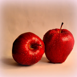 Twins by Prasanta Das - Food & Drink Fruits & Vegetables ( red, fresh, apple, twins )
