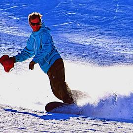 Last Run by Rob Bradshaw - Sports & Fitness Snow Sports ( snow spray, last run, snow sports, snowboarding, snow skiing )