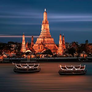 Temple Bangkok - 001.jpg