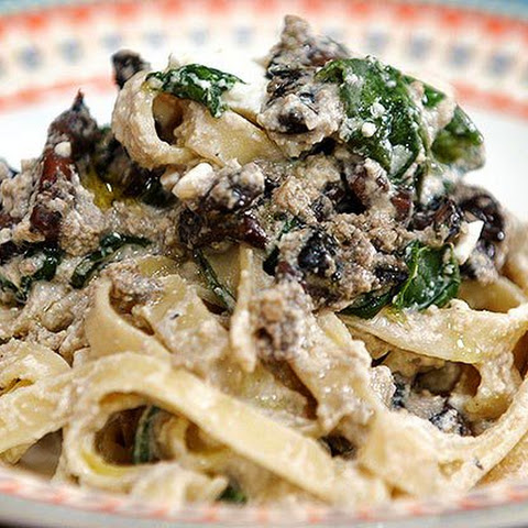 Mushroom and Spinach Carbonara