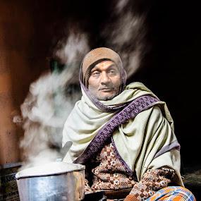 by Manish Mishra - People Street & Candids