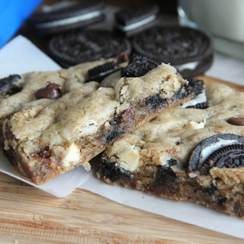 Cookies & Cream Oreo Blondies