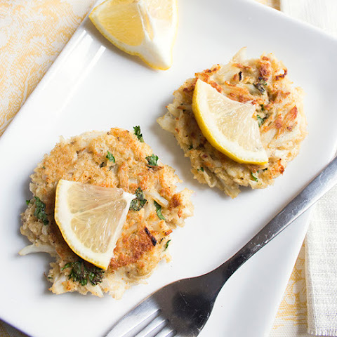 Skinny Mini Deviled Crab Cakes