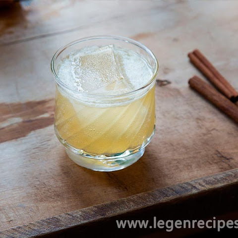 Cinnamon and Honey Scotch Sour