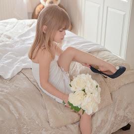 Mummy Wedding Dress by Jessy Jones-Photography - Wedding Other ( child, wedding, dressup, wedding dress, fun )