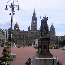 by Eleanor McCabe - Buildings & Architecture Statues & Monuments