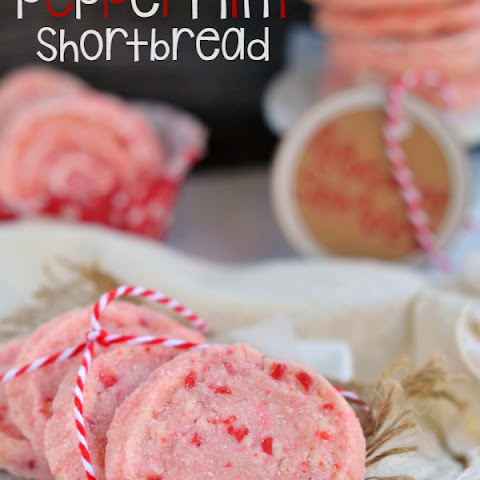 Peppermint Shortbread Cookies