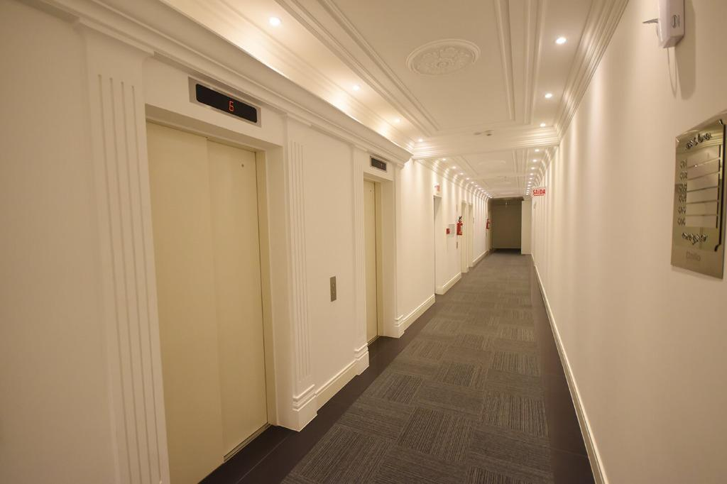 Sala à venda, 60 m² por R$ 468.800 - Meia Praia - Itapema/SC