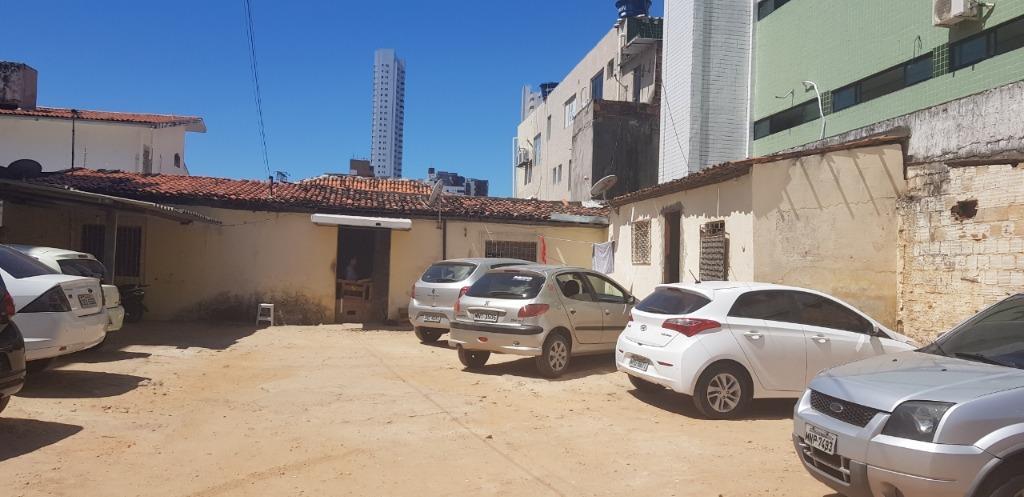 Terreno à venda, 330 m² por R$ 699.000 - Manaíra - João Pessoa/PB